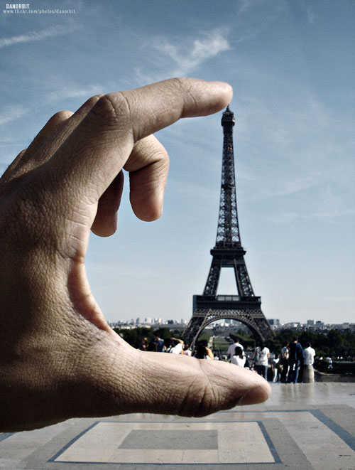 eiffel-tower-squeeze